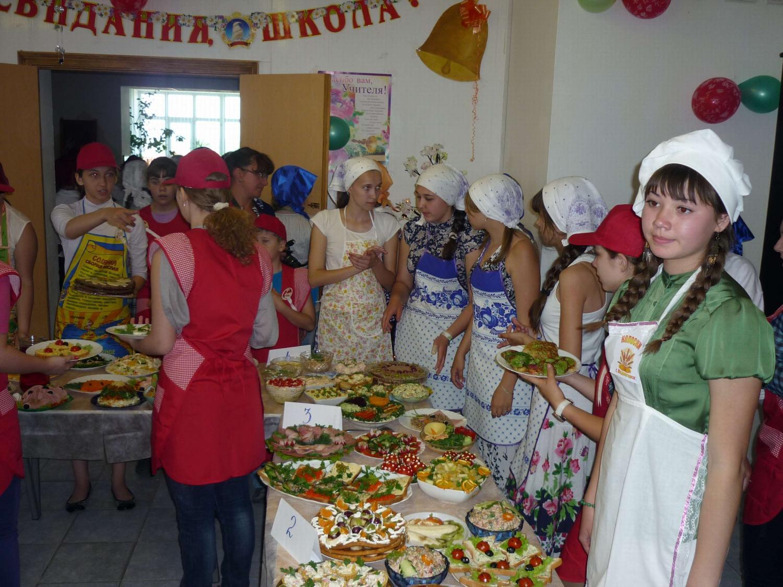 В Орской епархии прошел кулинарный конкурс «А ну-ка, девушки!» 1