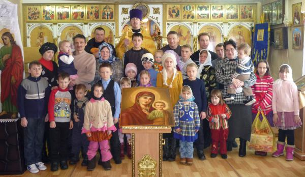Многодетные семьи в храме